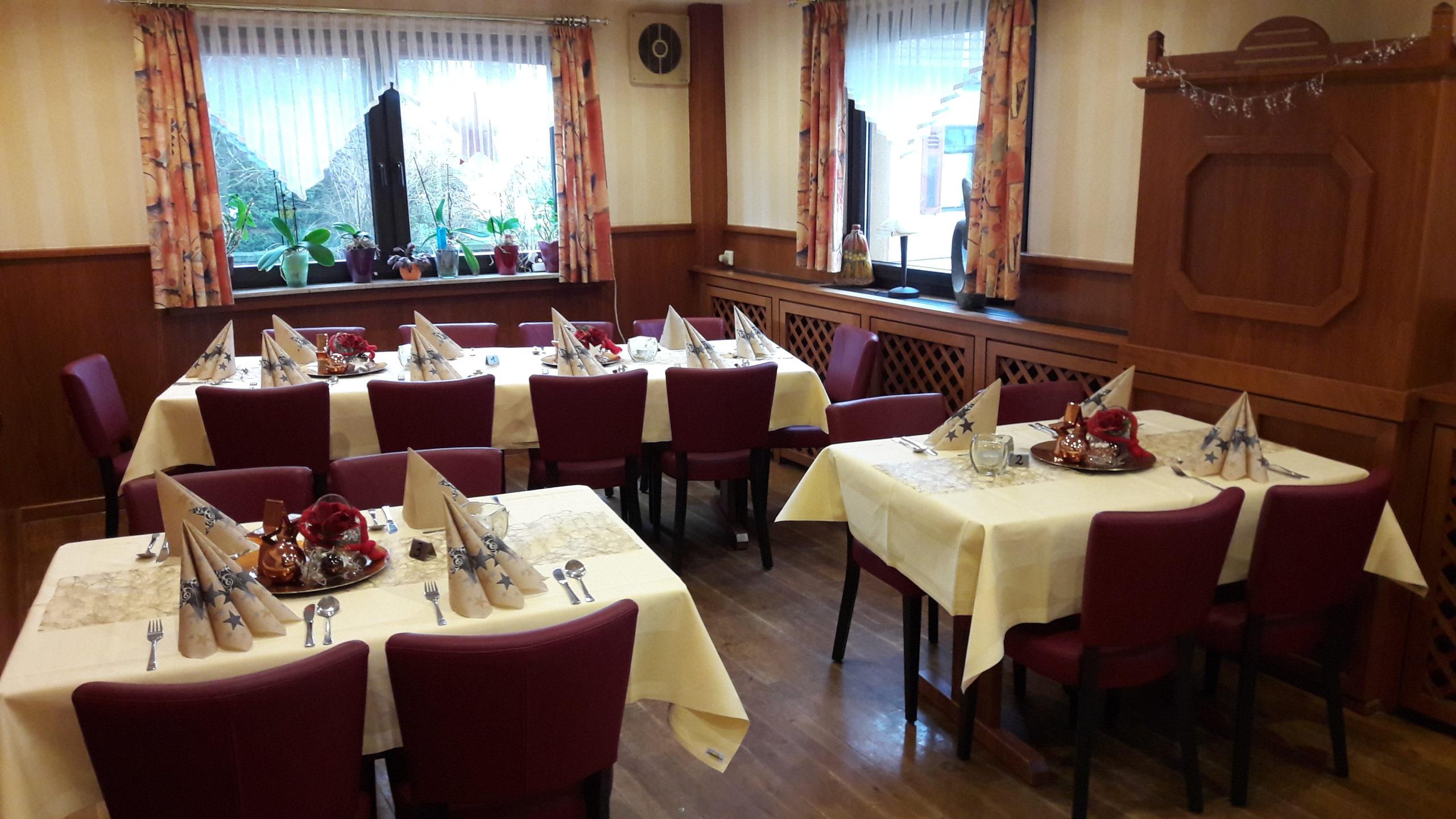 Zum Burghof Romrod Restaurant Hinten Alternative Dekoration