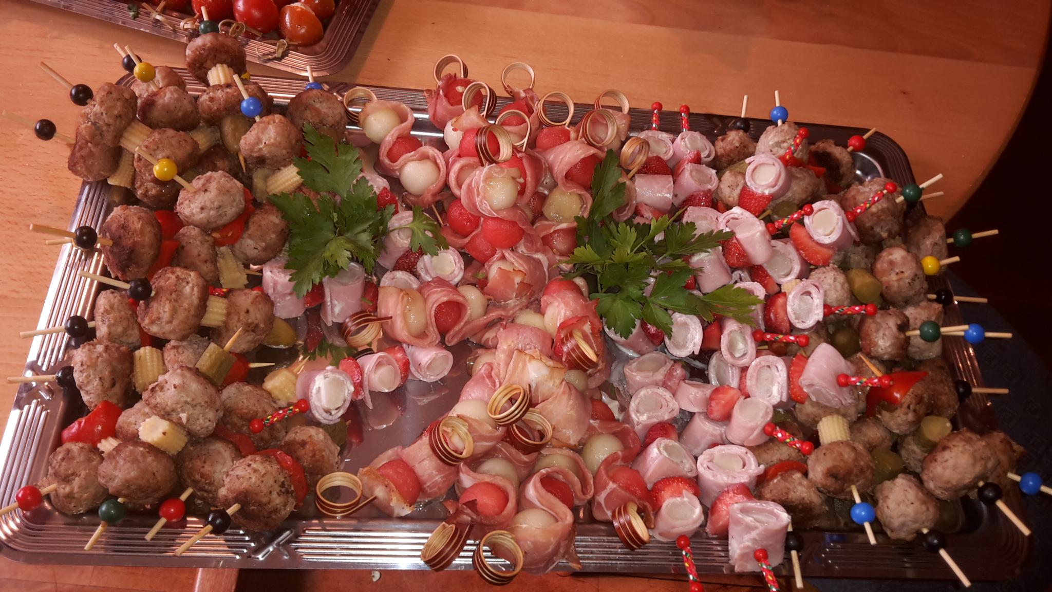 Zum Burghof Partyservice Fleischspiesse
